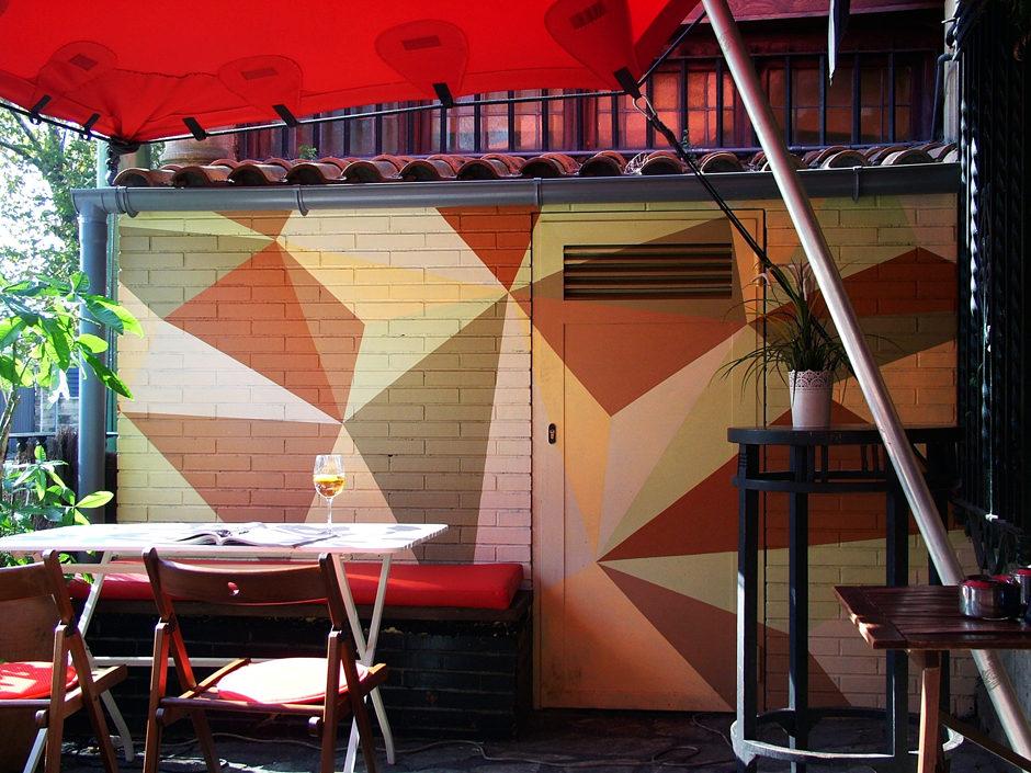 Dando la brasa mural terraza 02